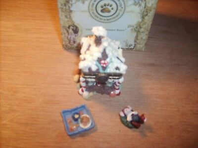 The Boyds Collection Uncle Bean's Treasure Box Sugar Chalet w/Pudge McNibble 1E