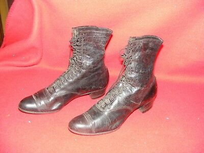 Antique Ladies / Womens Victorian High Top Leather Lace Up Boots