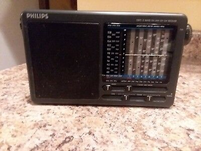 Philips D1875 Radio Transistor Black 12 Band Shortwave Radio Works Good
