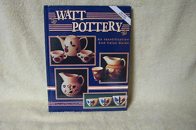 WATT POTTERY -AN IDENTIFICATION  AND VALUE GUIDE -  VALUES 1998 - By MORRIS