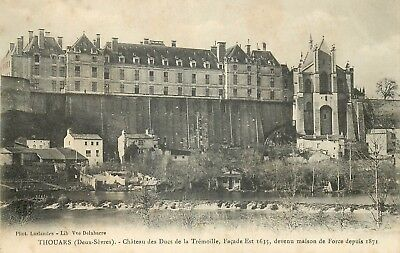 79 Thouars Chateau