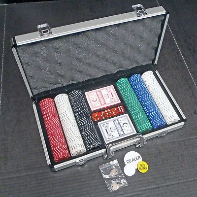 NEW Norwood Hills 300 Clay Chip 5 Dice 2 Card Deck Poker Set In Aluminum Case