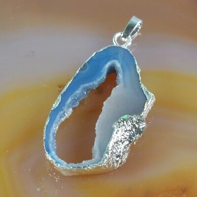 Blue Agate Druzy Geode Pendant Bead Silver Plated T073190