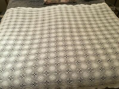 Stunning vintage Hand crochet White embroidered cotton tablecloth/bedspread.