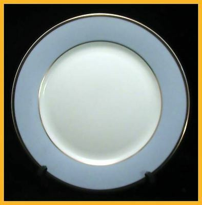 Royal Doulton Daily Mail Bruce Oldfield 10 1/4 Inch Dinner Plates - NEW ! - 1st