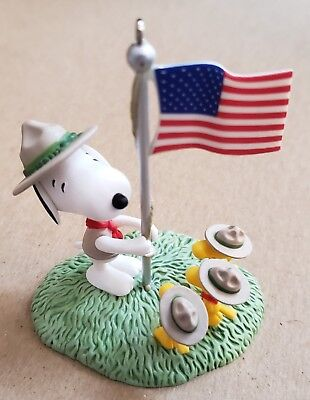 Hallmark Peanuts Snoopy Woodstock Scout Ornament 2012 Flag Ceremony