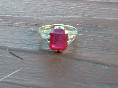 Vintage  Art Deco 14K Two Tone Gold Ruby Filigree Ring Stamped Laf  Size 6 Nice!