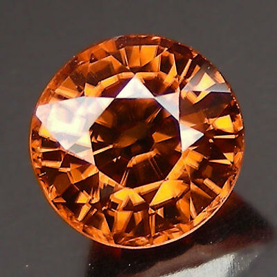 2.20 ct.GORGEOUS UNIQUE NATURAL ZIRCON VVS