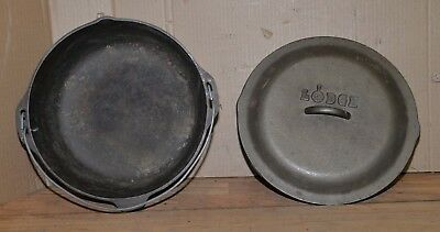 "Lodge 12"" cast iron dutch oven campfire cooking hunting camp fire tool vintage"