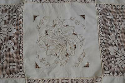 "Vintage Italian Embroidered Filet Lace Tablecloth w Lace Trim 104"" 12 Napkins"