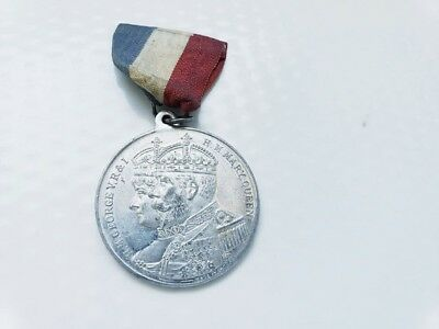 1935 Silver Jubilee Medal~  King George Queen Mary
