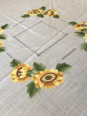 Vtg Round Linen Tablecloth Golden Yellow Hand Embroidered Sunflowers 64-68