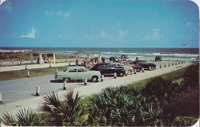 COCOA BEACH - OCEAN FRONT BEACH & PARKING 1950s - OLD CARS ( Woodie ) PRIMITIVE