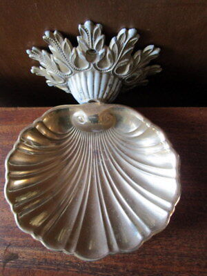 Vintage Gold Metal Wall Mount Shell Soap Dish Holder 1970's