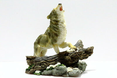 Howling Wolf In Snow Figurine Statue, Lone Wolf, Grey Wolf, Timber Wolf, 29172