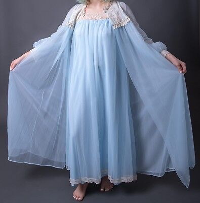 Vintage VAL MODE robe and nightgown set CHIFFON and NYlong with lace Petite size