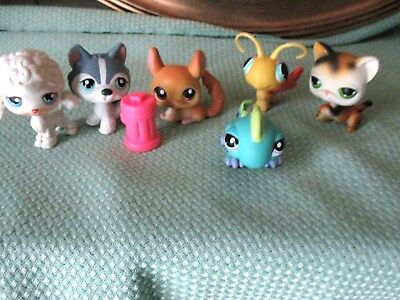 Littlest Pet Shop 6 Mixed Animal Figures and Fire Hydrant Lot