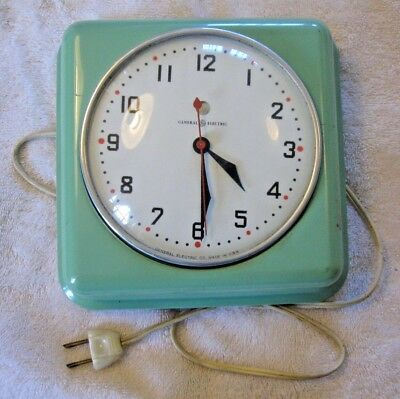 Vtg General Electric GARCON 2H08 Turquoise Metal Deco Kitchen Wall Clock~Restore