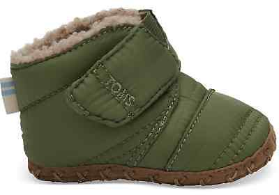67ee8eaec33 TOMS Kids 10012600 Light Pine Quilted Tiny Cuna Crib Cozy Winter Baby Shoes