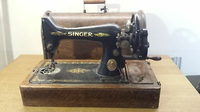 Singer  Vintage Sewing Machine 1916 Serial Number F7161033 Grade B For Parts Non