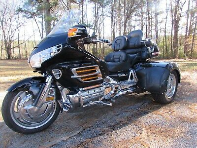 2003 Honda Gold Wing  2003 HONDA GOLDWING GL1800  ROADSMITH HTS 1800 TRIKE
