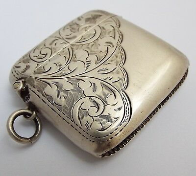 Lovely Clean Decorative English Antique 1913 Solid Sterling Silver Vesta Case