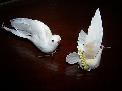 Wonderful Hard To Find Vintage Feathered & Paper Japan Bird Christmas Ornaments