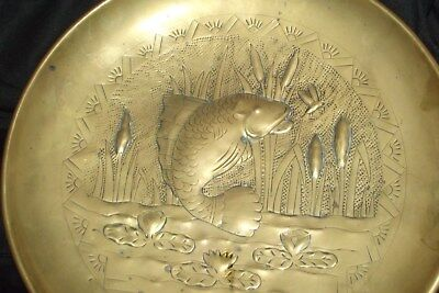 """antique 1890-1900 Arts and Crafts repousse brass fish wall charger DISH 10"""" wide"""