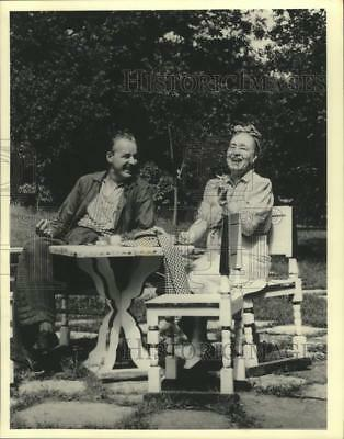 1987 Press Photo Alfred Lunt and mother Hattie Sedetholm - mjx75713