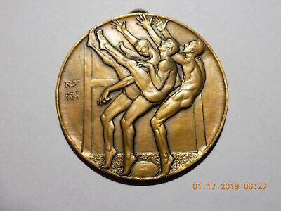 1932-33 THREE PUNTERS Medallion By Robert McKenzie - 76mm Bronze - BU