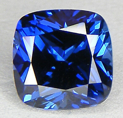 TOP QUALITE T. COUSSIN 6x6 MM. SAPHIR BLEU CORINDON DE SYNTHESE
