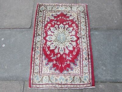 Old Hand Made Traditional Persian Rug Oriental Wool Red Small Rug 102x62cm