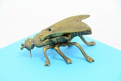 Vintage Brass Ashtray Fly - with sparkly red eyes (SB129)