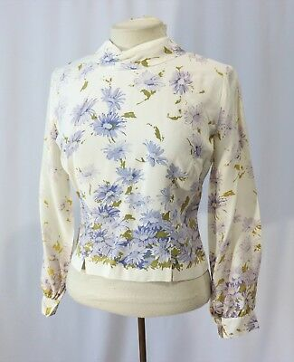 Vintage 50s 60s Shirt Top Blouse Purple daisy Print Back Button