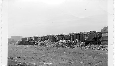 X954 RP 1970s B&M BOSTON & MAINE RAILROAD TRAIN LOAD OF GARBAGE ?