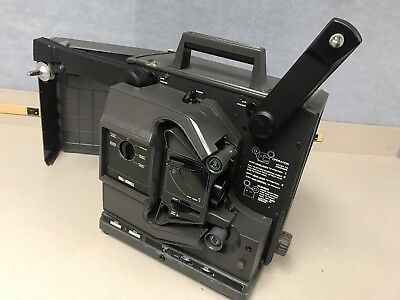 BELL & HOWELL 16mm Filmosound Vintage FILM PROJECTOR 2580