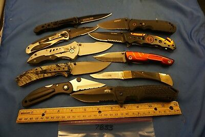 7833   Ten assorted pocket knives