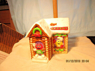 M&M Log Cabin Cookie Jar-By Galerie-2003-Marked Bakery
