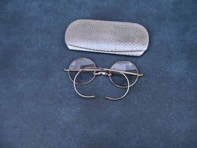 VINTAGE ROUND EYEGLASSES 1/10th 12K WHITE GOLD FILLED NICE ENGRAVING & CASE