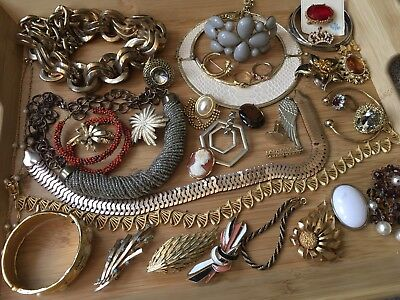 Job Lot Of Vintage Costume Jewellery, Some Requiring Repair, 900g