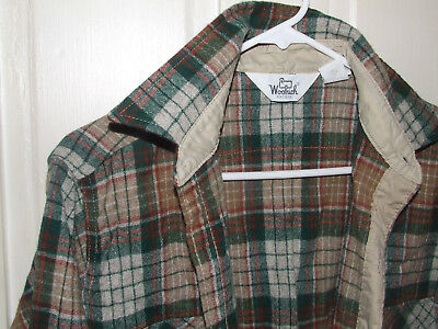 Vintage Woolrich Men's Plaid Shirt Large
