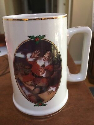 Coca Cola 1996 Seasons Greetings Mug Cup Collector Edition gold trim