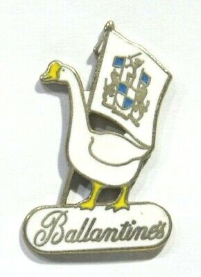 Pins Ballantine's Whiskey Cane Oie Metal Epais