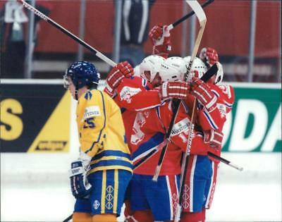 Ice Hockey: World Cup 1994 Sweden-Norway - Vintage photo