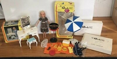 1978 SINDY Doll Lot Vanity Mail Away BBQ & Beach set Marx 70's toys Sunglasses
