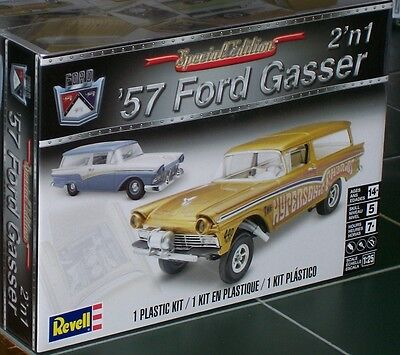 Revell Monogram 4396  1957 Ford Gasser Drag Station Wagon 2 in 1 Model Kit 1/25