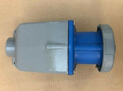 Hubbell 360R6W 60 Amp 250V Water Tight Female Receptacle