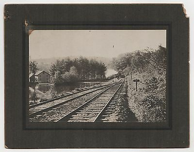 1880s TRAIN CABINET PHOTOGRAPH Photo RR Railroad RAILWAY Trains LOCOMOTIVE Bend
