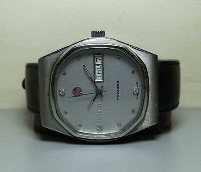 VINTAGE Rado Voyager Automatic DAY DATE SWISS 14743499 Wrist WATCH H482 OLD used