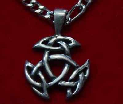 LOOK Celtic Good Luck Pendant Charm Silver Jewelry Wicca